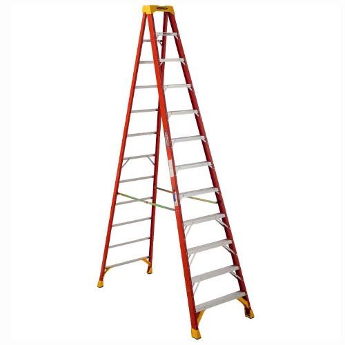 WERNER Step Ladder •12 step single sided • Fiberglass • 16 ft. reach • 136 kg. load capacity Code: 6212AS